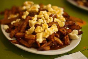 Voyage_Culinaire_Canada_La Banquise Poutine